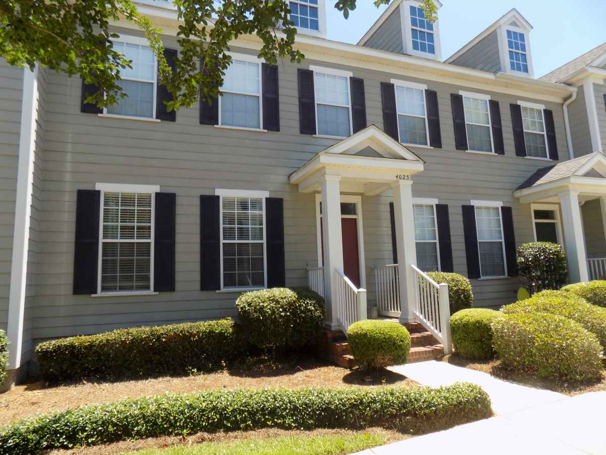 4025 Colleton Court **REDUCED**